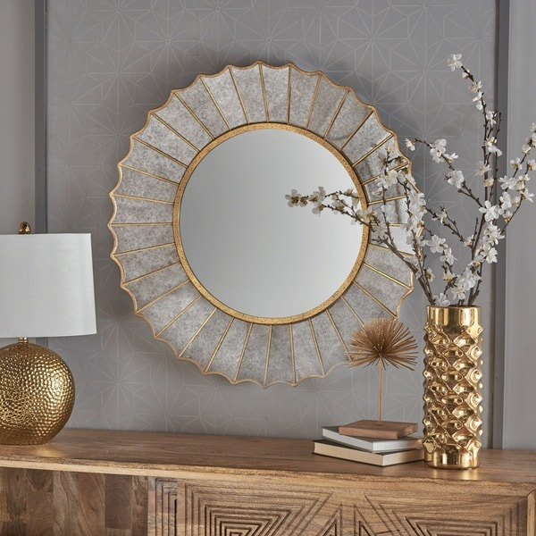 Willis Glam Sun Burst Circular Wall Mirror by Christopher Knight Home - Gold - N/A