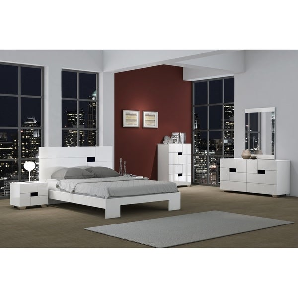 Contemporary Furniture Bedroom: Shop Aria Contemporary 4 Piece White Wood Bedroom Set