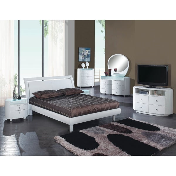 Shop Cosmo Contemporary 4 Piece White Wood Bedroom Set