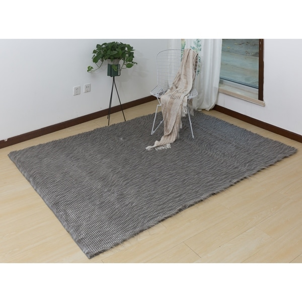Authentic Feather Down Indoor Handmade Rug with Suede Backing - 5' x 7'