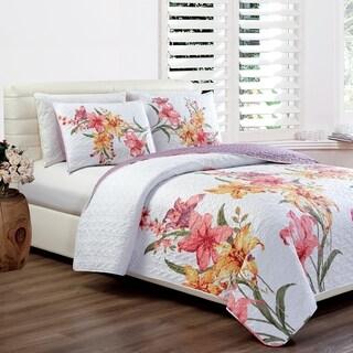 Panama Jack Hibiscus Bloom Quilt Set