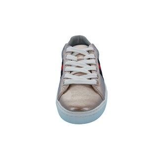 Hoova's Side Stripe Sneaker