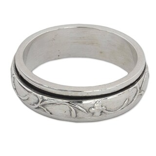 Handmade Sterling Silver 'Spinning Vines' Ring (India)