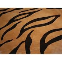 Pergamino Tiger Cowhide Rug