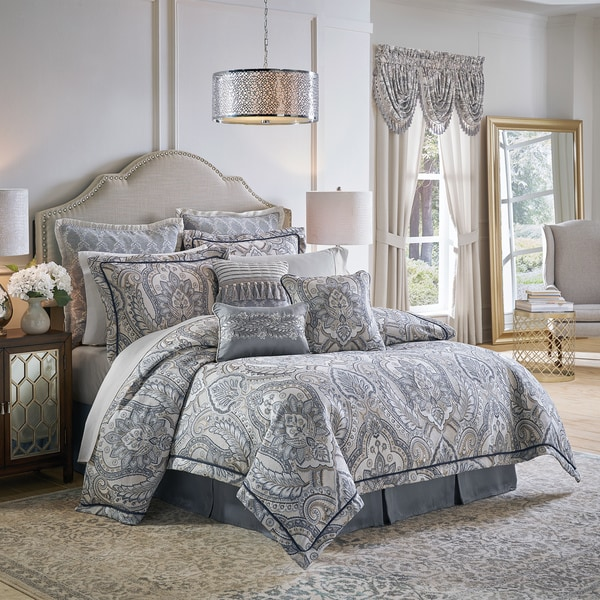 Croscill Seren 4-piece Comforter Set