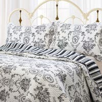 Gracewood Hollow Mekuli French Medallion 3-piece Quilt Set