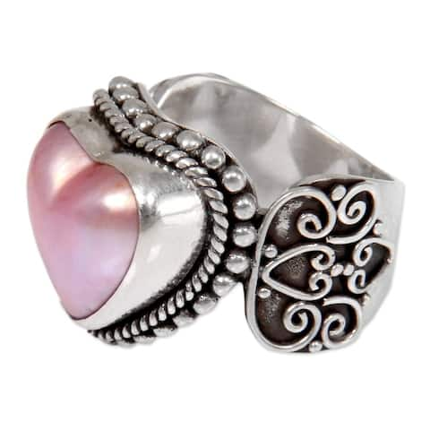 Handmade Sterling Silver 'Romance in Pink' Cultured Mabe Pearl Ring (13 mm) (Indonesia)