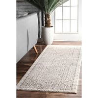 nuLOOM Aztec Light Grey Print Runner Rug (2'8 x 8')