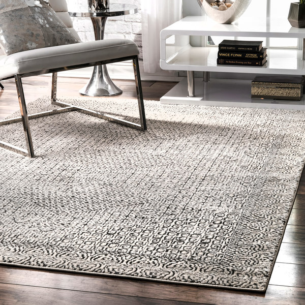 Shop Nuloom Light Grey Aztec Print Area Rug On Sale