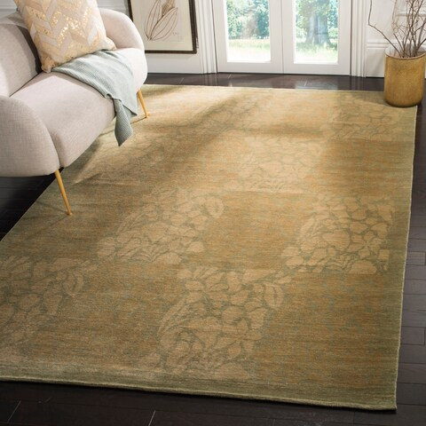Safavieh Couture Hand-Knotted Summer Garden Rustic Pistaccio Wool Rug - 6' x 9'