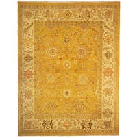 Safavieh Couture Hand-Woven Sumak Vintage Gold / Ivory Wool Rug - 9' x 12'