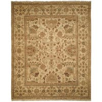 Safavieh Couture Hand-Woven Zeigler Mahal Vintage Camel / Brown Wool Rug - 9' x 12'