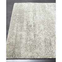 Safavieh Couture Hand-Knotted Tiffany Contemporary Silver / Silver Wool & Cotton Rug (10' x 14') - 10' x 14'