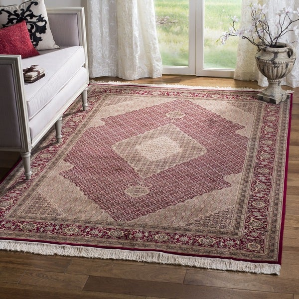 Safavieh Couture Hand-Knotted Tabriz Herati Vintage Red / Red Silk & Wool Rug (8' x 8' Round)
