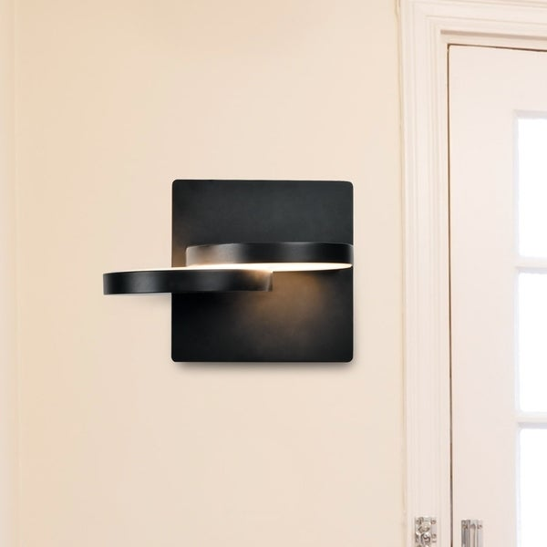 Vonn lighting vmw17000bl eclipse 7 inch rotative integrated led wall sconce in black