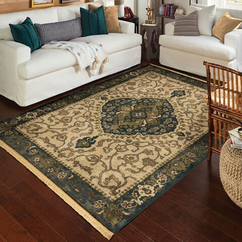 Copper Grove Hara Distressed Traditonal Fringe Cream/ Navy Area Rug by - 5'3 x 7'6