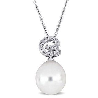 Miadora Signature Collection 18k White Gold South Sea Pearl And 1 8ct TDW Diamond Swirl Solitaire Drop Necklace 11 5 12 Mm