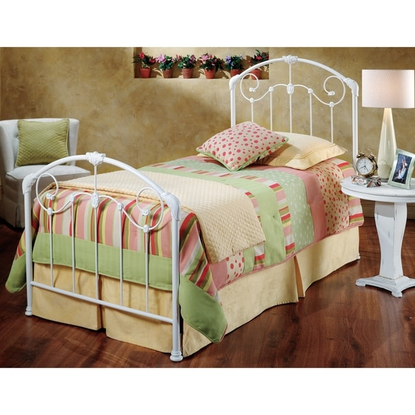 Hillsdale Maddie Twin Bed Set Rails not included