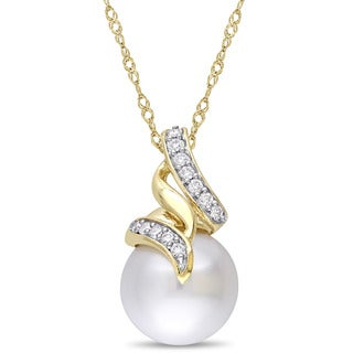 Miadora Signature Collection 14k Yellow Gold South Sea and 1/10ct TDW Diamond Swirl Solitaire Drop Necklace (9.5-10 mm) - White