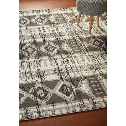 "LR Home Infinity Grey Distressed Southwest Area Rug ( 5'2"" x 7'2"" ) - 5'2 X 7'2"