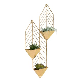 Kate and Laurel Tain Metal Wall Hanging Planter with 3 Pockets