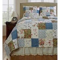 The Gray Barn Tanglewood Handmade Patchwork 3-piece Quilt Set
