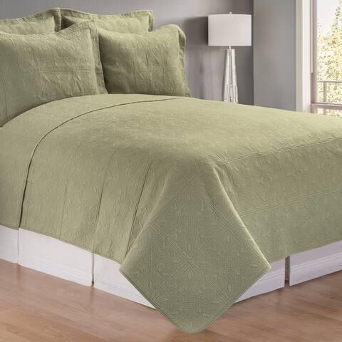 Green Matelasse Quilt (Shams Not Included)