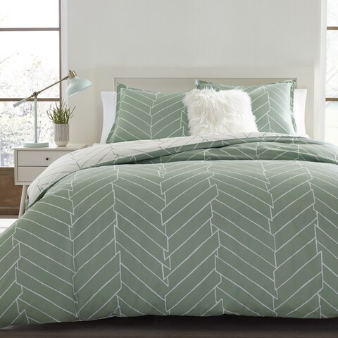 Carson Carrington Bramming Green and White Chevron Cotton 3-piece Duvet Cover Set