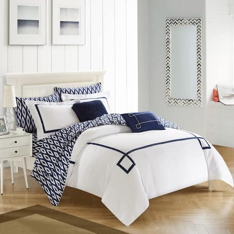 Carson Carrington Juelsminde 9-piece Reversible Navy/ White Bed in a Bag Comforter Set