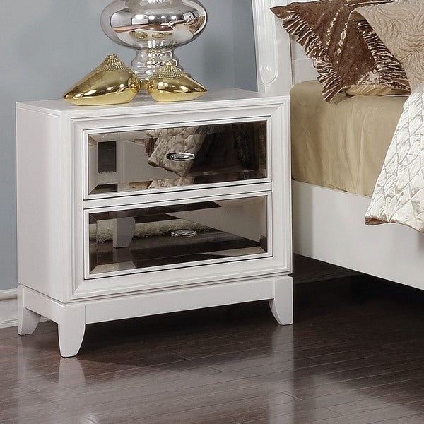 Furniture of America Welker Contemporary White Solid Wood Nightstand