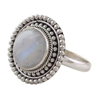 Handmade Sterling Silver 'Rainbow Elegance' Rainbow Moonstone Ring (India)