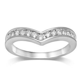 Unending Love 10k White Gold 1/4 ctw Diamond Chevron Wedding Band