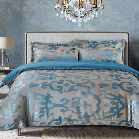 Jacquard Traditional 6 Piece Duvet Cover Set by Dolce Mela