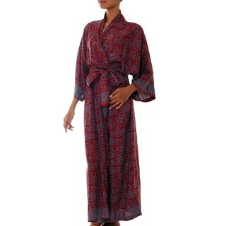 Handmade Rayon 'Morning Aster' Robe (Indonesia)