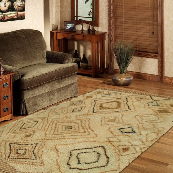 LR Home Hand Knotted Moroccan Abstract Diamond Ivory/ Gold Wool Rug - 8' x 10'/Surplus