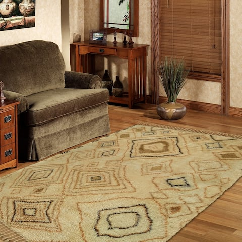 LR Home Moroccan Hand Knotted Abstract Diamond Rug