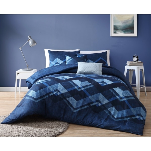 VCNY Home Cody Reversible Comforter Set