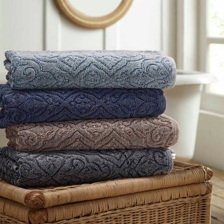 Amrapur Overseas 2-Pack Denim Washed Fleur Lattice Bath Towel Set