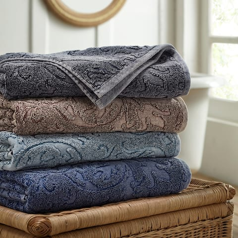 Modern Threads 2-Pack Denim Washed Filigree Leaf Bath Towel Set