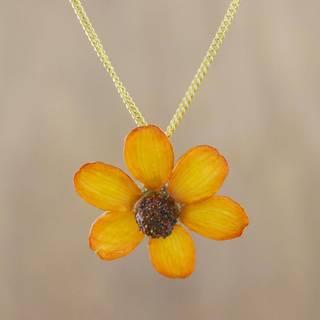 Handmade Natural Flower 'Zinnia Charm in Saffron' Necklace (Thailand)