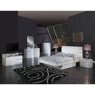 Wynn 4 Piece White Wood Bedroom Set