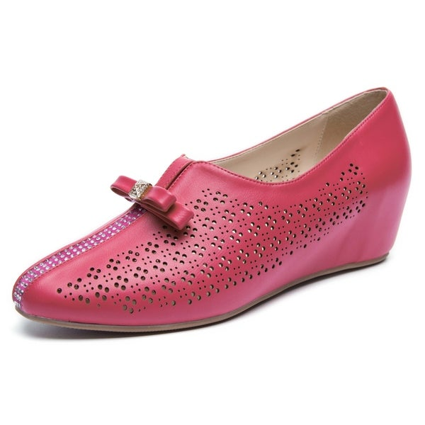 Rosewand Women's 'Leslie' Cutouts and Bowtie Wedge Pumps. Opens flyout.