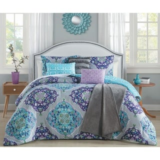 Avondale Manor Chrissa 7-piece Comforter Set with Bonus Throw