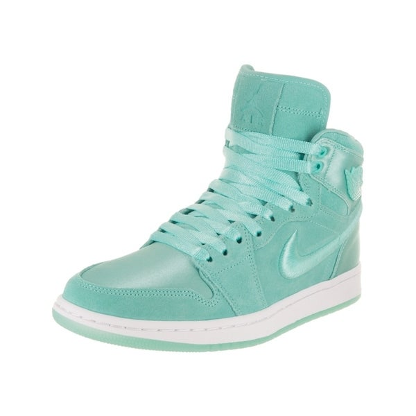 big sale c2657 142aa Nike Jordan Women  x27 s Air Jordan 1 Retro High SOH Casual Shoe