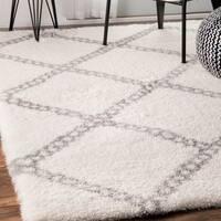 "nuLOOM Soft and Plush Contemporary Chain Trellis Grey Shag Area Rug (8' X 10') - 7'10"" x 10'"