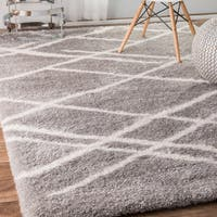 "nuLOOM Grey Soft and Plush Modish Criss Cross Shag Area Rug (5' X 8') - 5'3"" x 7'6"""