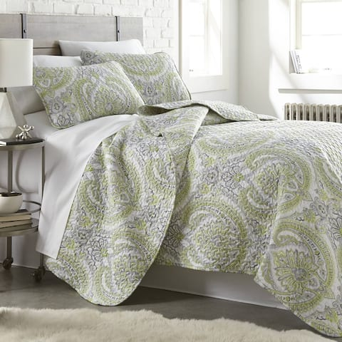Vilano Ultra-soft Lightweight Pure Melody 3-piece Paisley Quilt Set