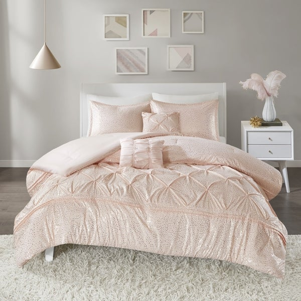 Intelligent Design Everly Blush/ Gold Metallic 5-piece Comforter Set