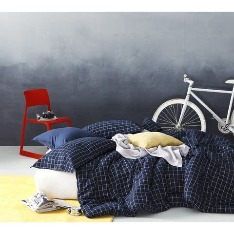 BYB Classic Frame Navy Comforter