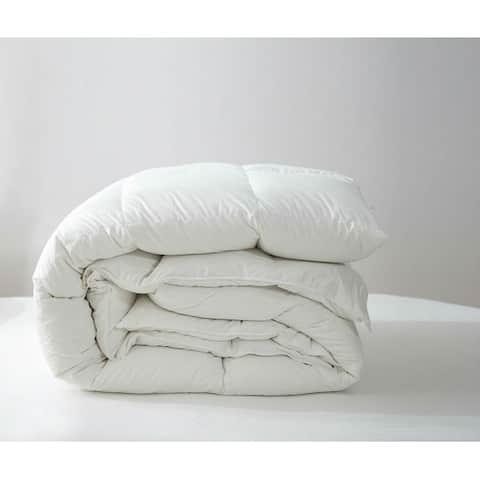 Perugia European White Down Comforter by Twin Ducks Inc